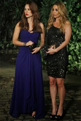 vestido Paloma azul bic para casamento looks novela Amor à Vida