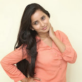 Ishika Singh New Photos 99