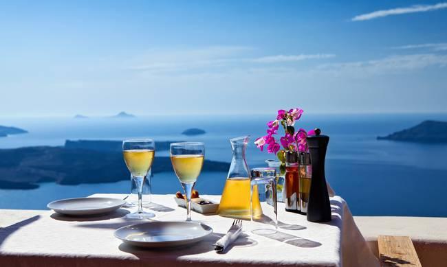 Oικονομικές διακοπές πέντε αστέρων στα ελληνικά νησιά!