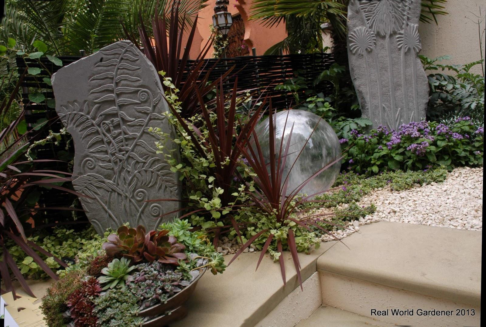Real world garden designs for a sunny garden for Sunny landscape designs