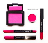Look Total Pink