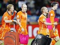 Kesian Belanda....=(