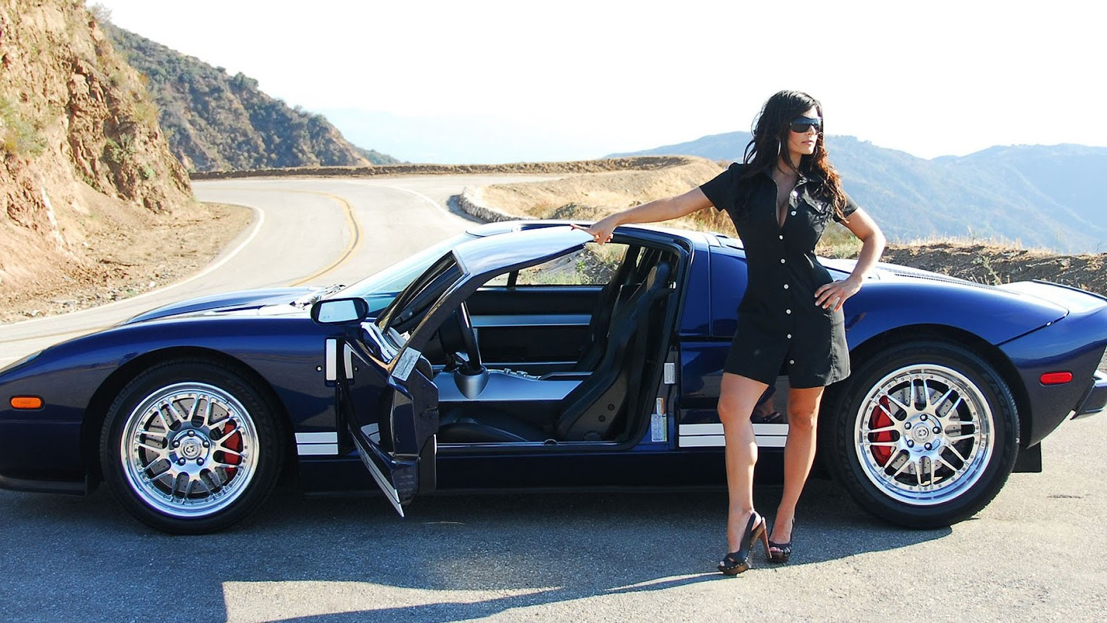 hot girls and cool cars