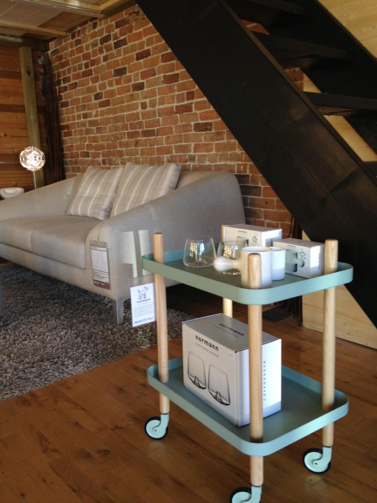 ottawa gets modern a greyhorne blog. Black Bedroom Furniture Sets. Home Design Ideas