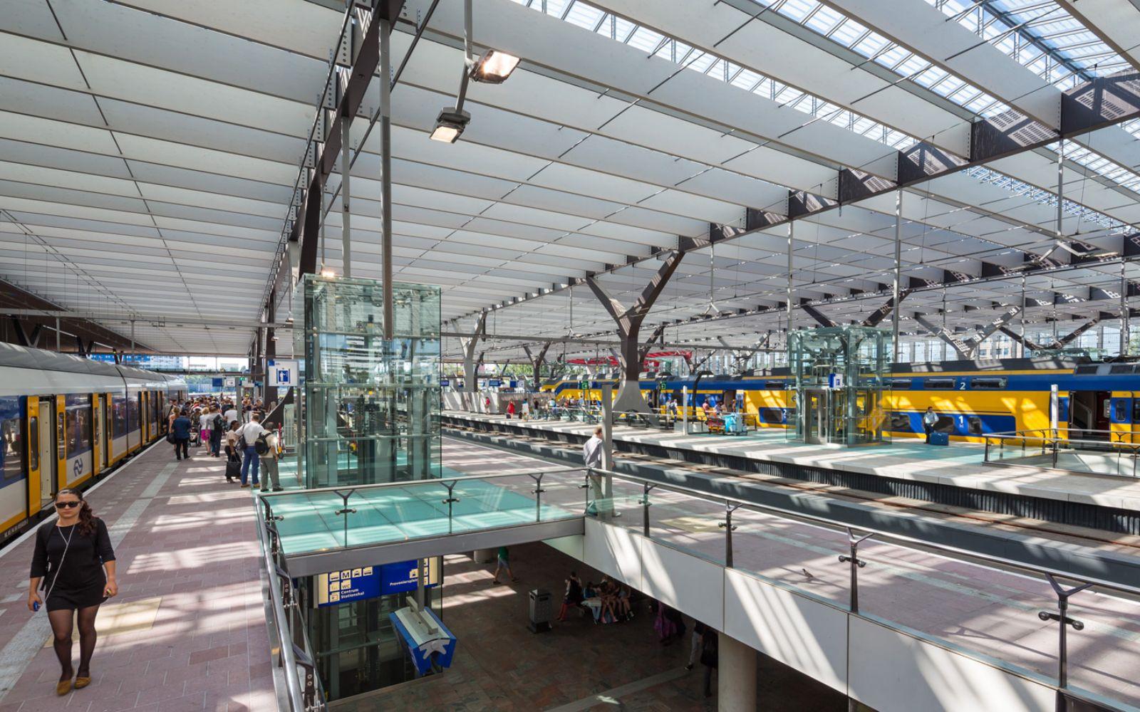 08-Rotterdam-Centro-Estación-por-Team-CS