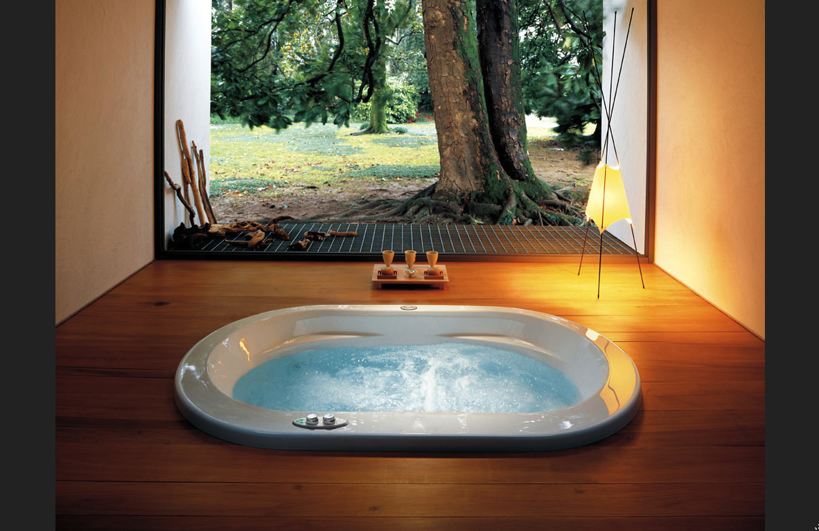 jacuzzi at home home of khalifah. Black Bedroom Furniture Sets. Home Design Ideas