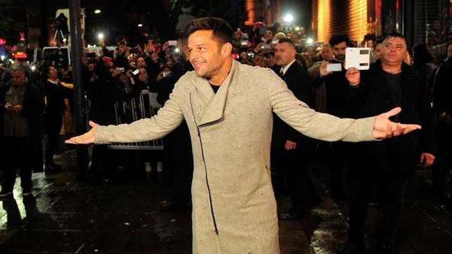 ¿Es o no es? mira la inesperada confesión de Ricky Martin