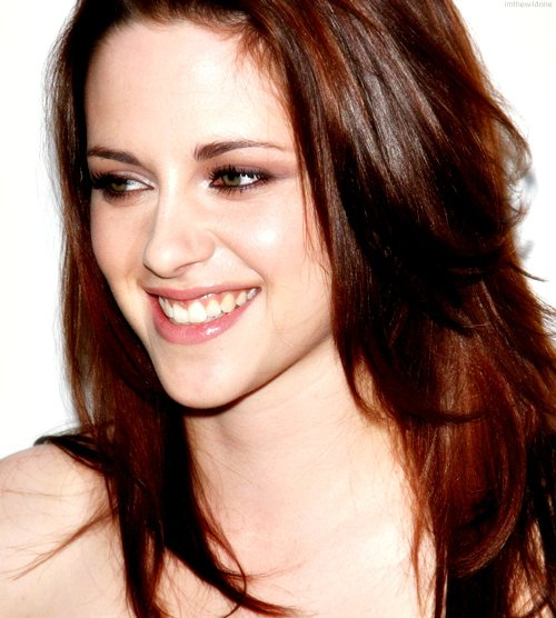 kristen stewart smile awards