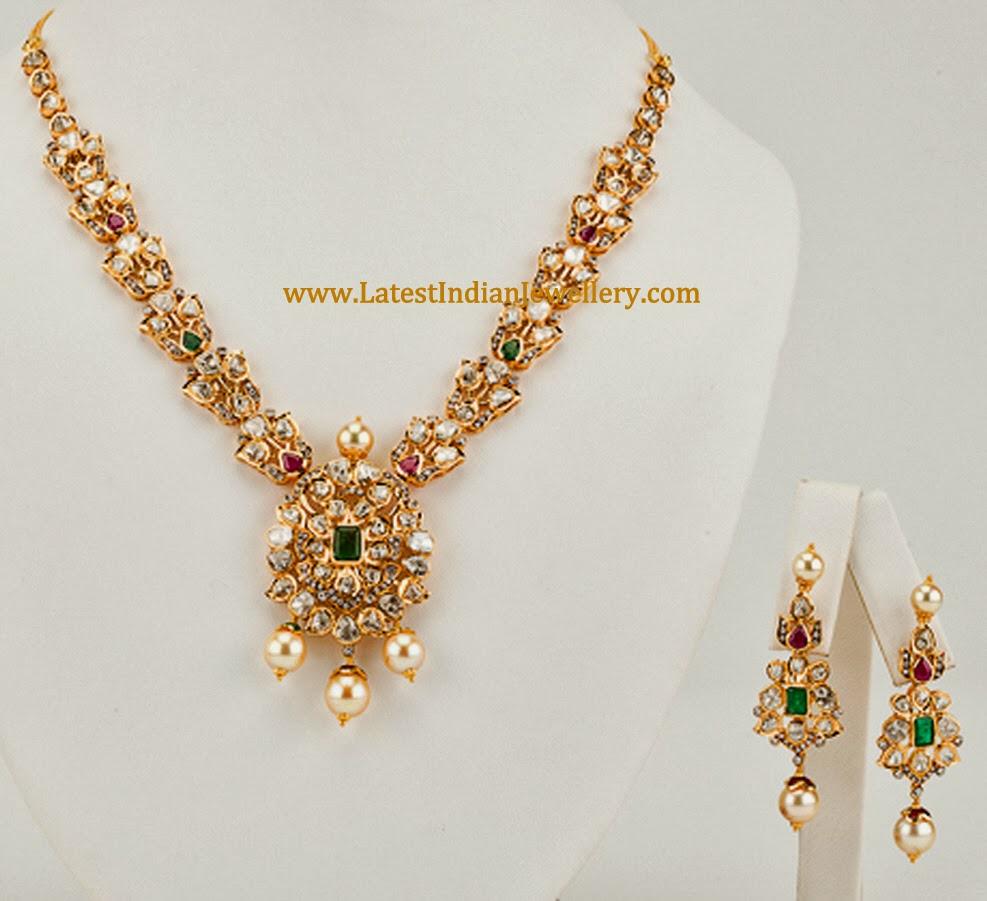 Pachi Diamond Necklace Set