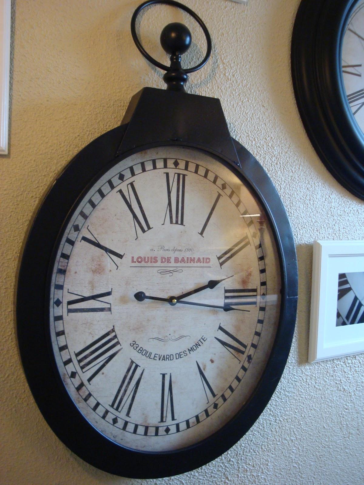 Ashley's Nest: PotteryBarn Inspired Clock Wall