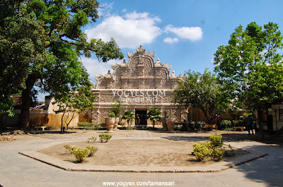 Gerbang Taman Sari Yogyakarta
