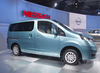 Nissan Evalia wallpapers Gallery