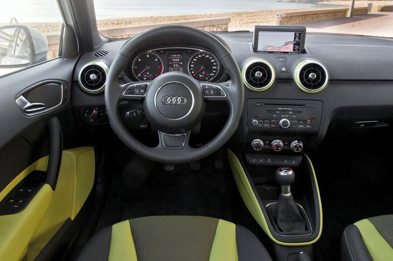 Top gear 2012 audi a1 sportback for Audi a1 sportback interieur