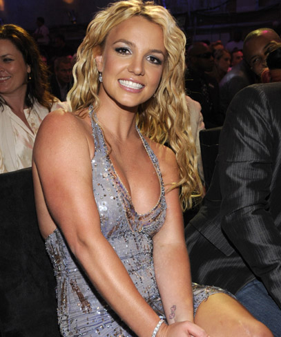 Celebrity Breasts on American Pop Singer Britney Spears Bra Size Is 34c