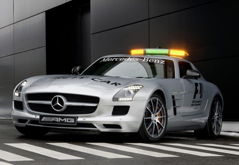 Mercedes benz 2013 mercedes benz sls amg gt f1 safety car for Mercedes benz sls amg gt coupe