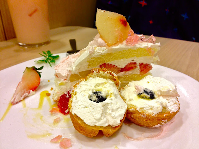Fruity Puffy cream puff cake tart