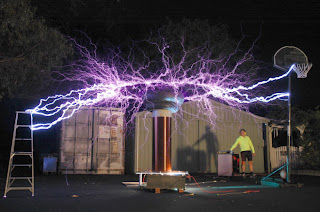 Lightning from a Tesla Free Energy Device