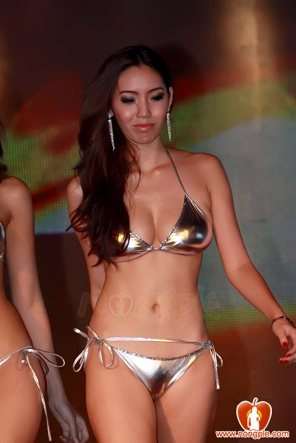 FHM Korea Magazines Intl http://jinkhmer.blogspot.com/2011/06/fhm-girls-next-door-thai-edition.html