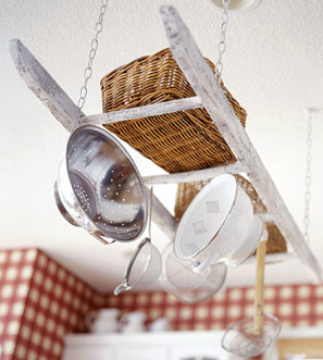 diy ladder decoration for kitchen