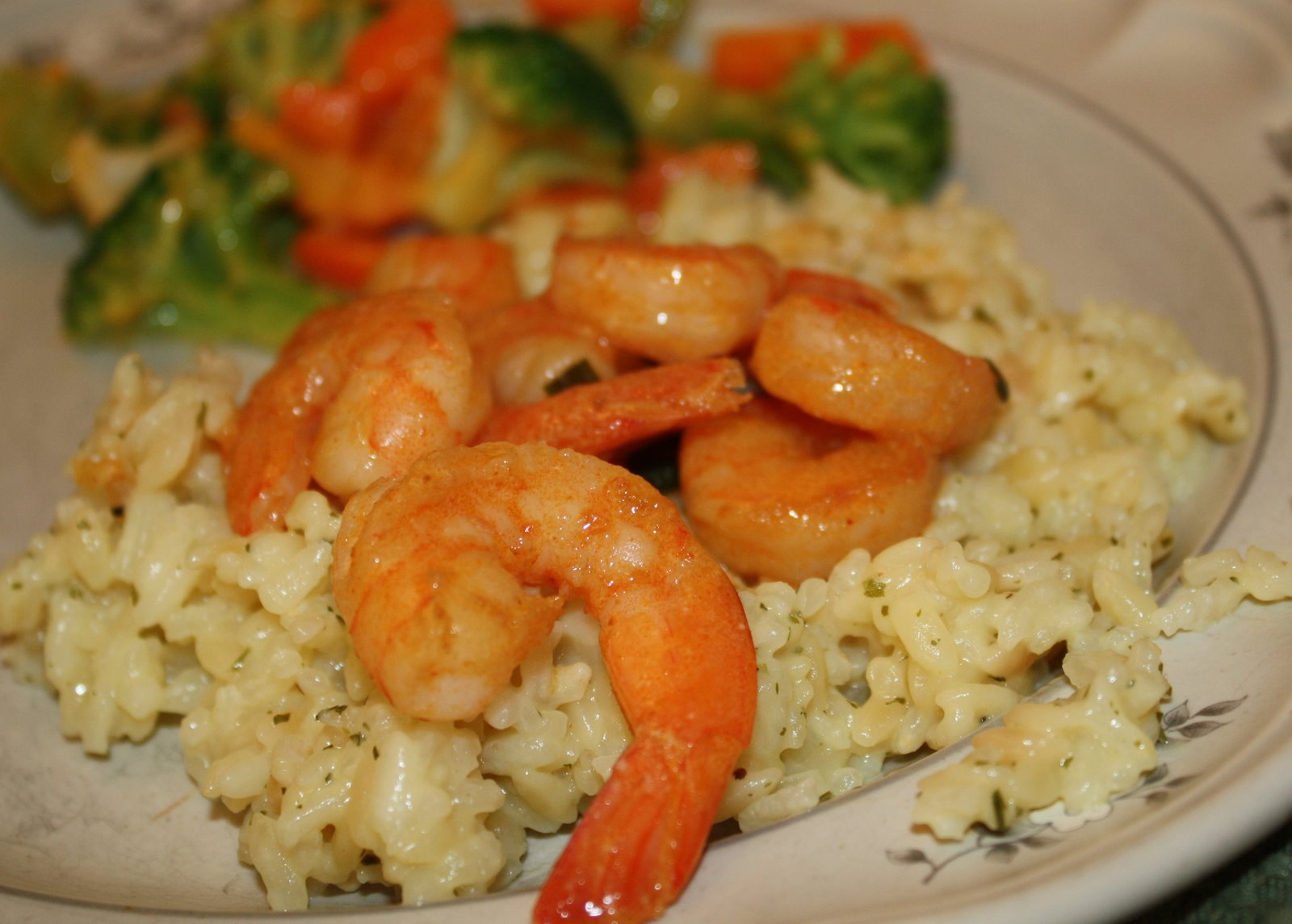... Stories by the Spinning Jenny: Thai Coconut Curry Shrimp & a Smoothie