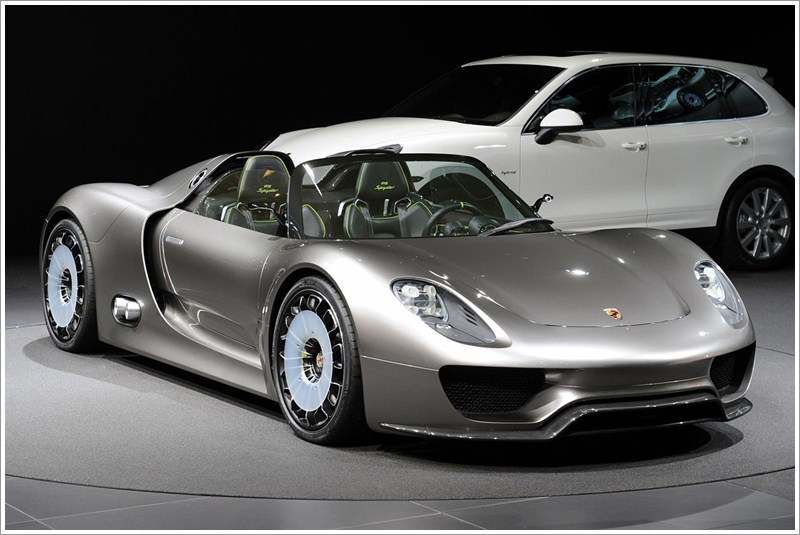 carbarn porsche 918 spyder hybrid 2013 porsche has put on sale the 2013 porsche 918 spyder super sports car with its innovative plug in hybrid drive - Porsche Spyder 2013