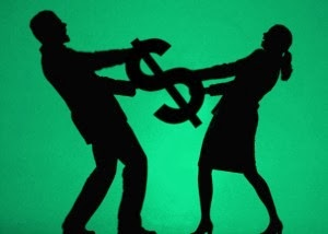 husband and wife fighting for money on divorce settlement