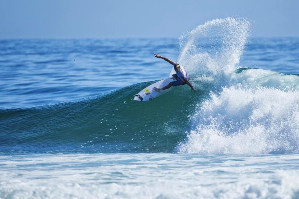 5 Quiksilver Pro Gold Coast 2015 Sebastian Zietz Foto WSL Kelly Cestari