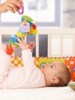 Mainan Bayi Pemicu Perkembangan