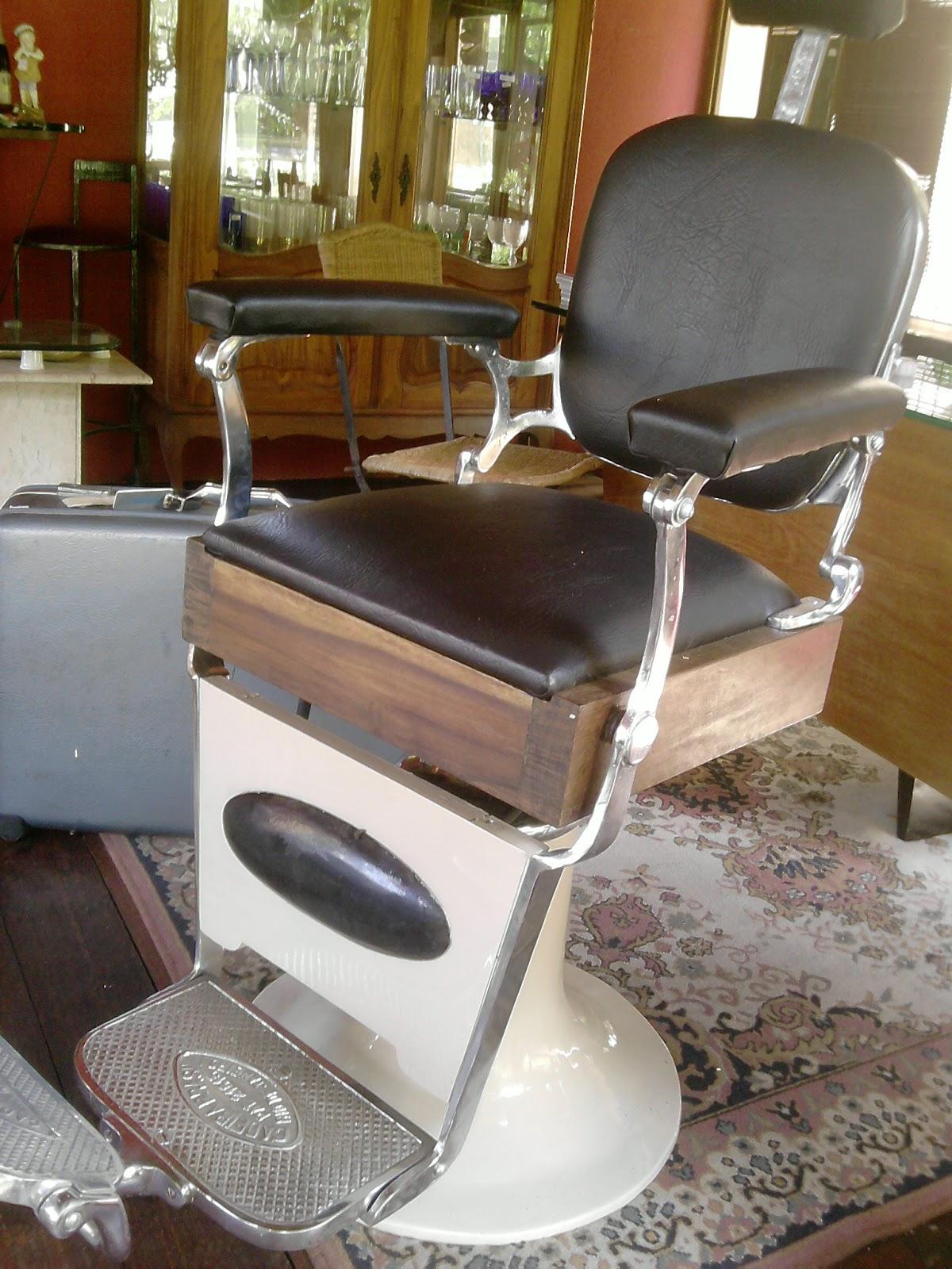 Cadeira de barbeiro restaurada #674120 1200x1600