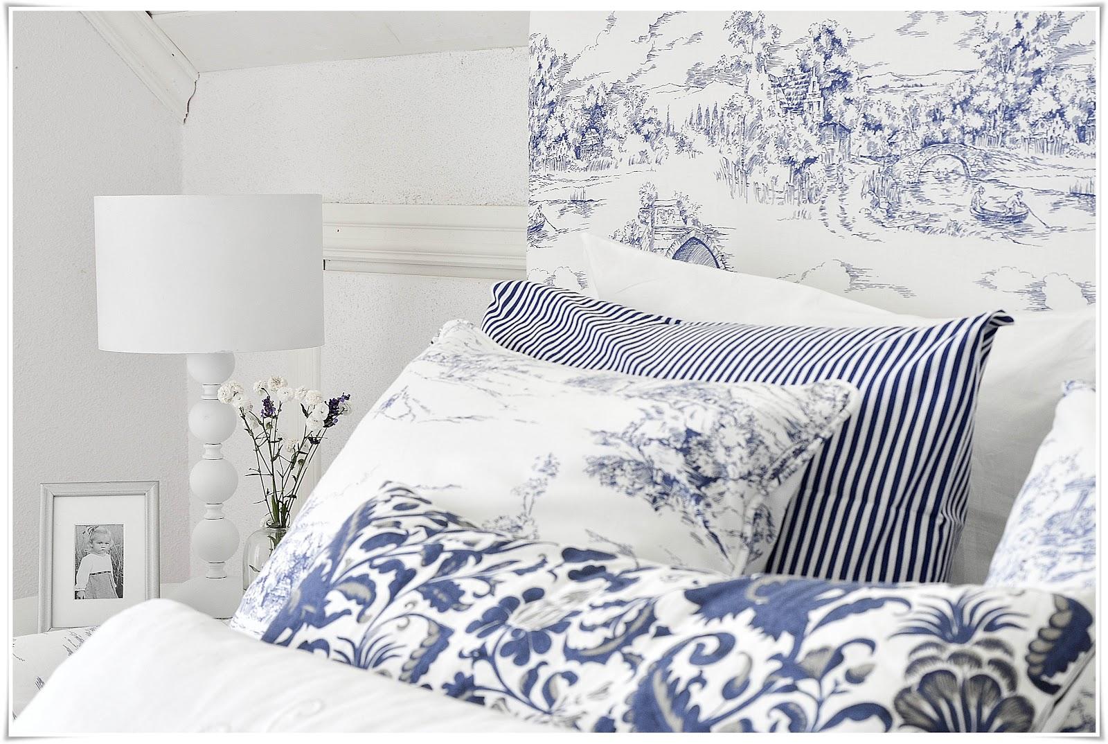 Sovrum blått och vitt u2013 Vindskydd balkong