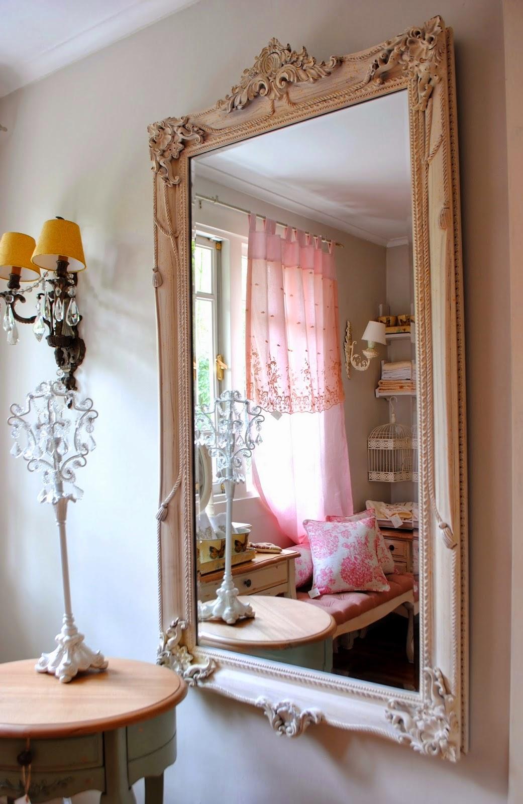 Paz montealegre decoraci n juegos para cunas y for Modelos de espejos para sala