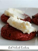 http://www.wonderfullymadebyleslie.com/2014/06/red-velvet-cookies.html