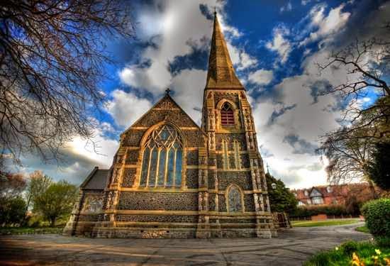 Una iglesia en los sueños