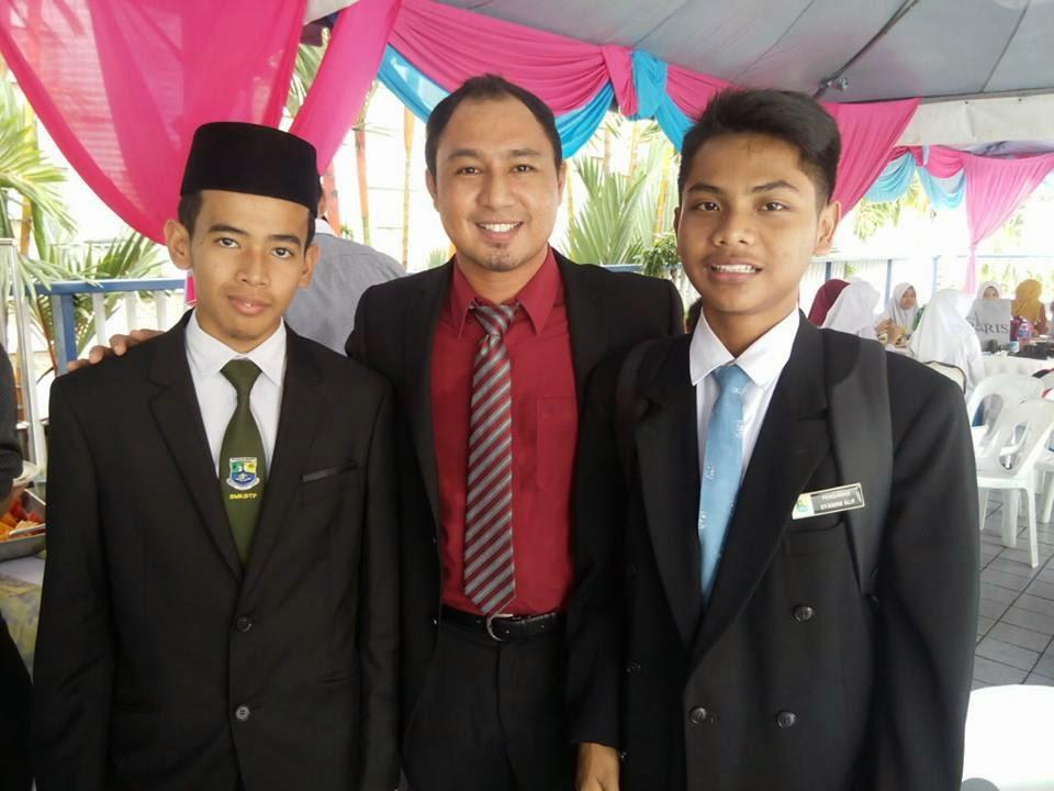 Cikgu Hailmi dan pelajar SMK Bandar Tasik Puteri, Selangor