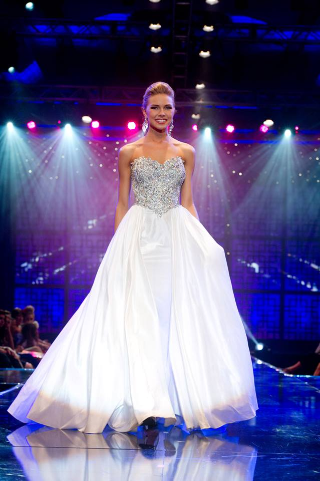 SASHES AND TIARAS.....Miss Teen USA 2013 Cassidy Wolf: Winner Pics ...