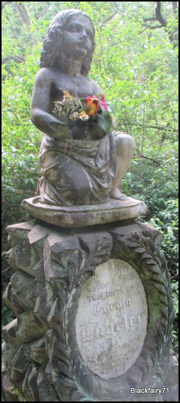 Carola Lützeler, Ostfriedhof Dortmund