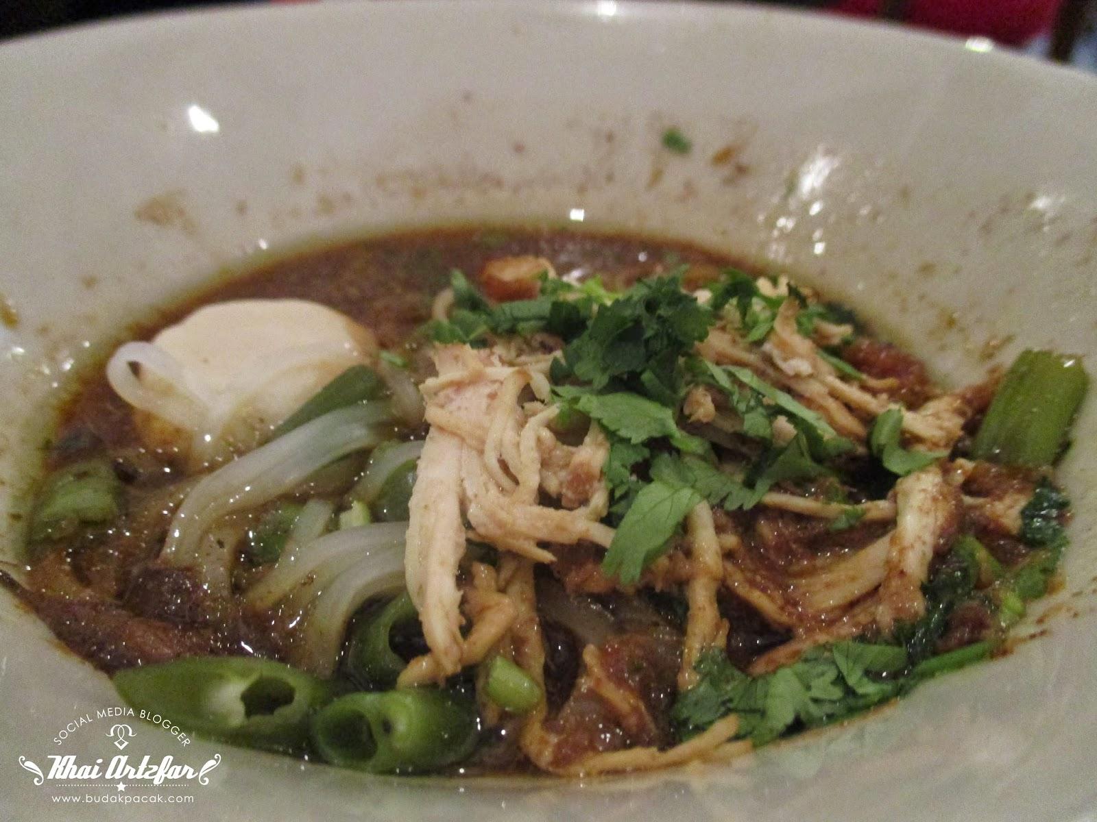 Chicken Pathumthani