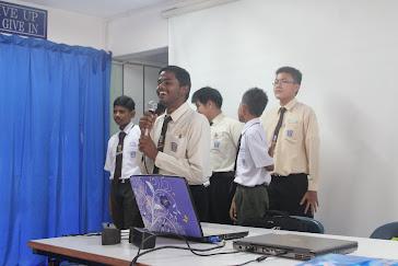 PRESENTATION BY GROUP : TONJOLKAN BAKAT DIRI & KEMAMPUAN ORGANISASI