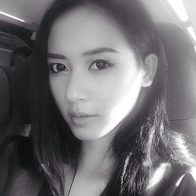 Biodata Foto Elvira Devinamira Puteri Indonesia 2014