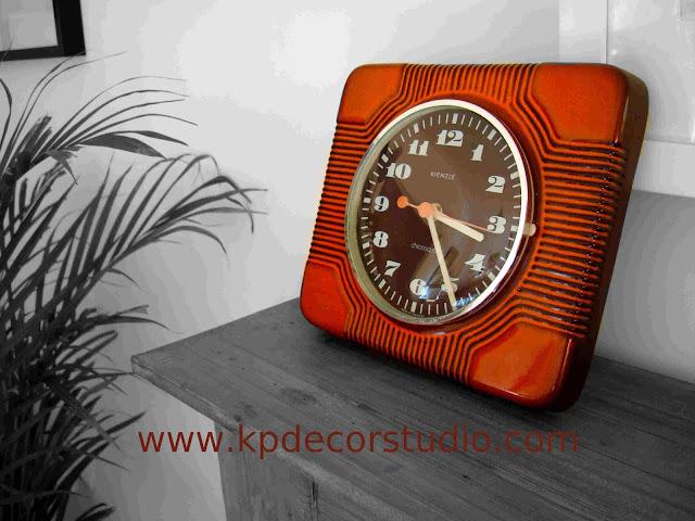 KP. Vintage. Comprar reloj vintage. Antiguo. Relojes de cerámica alemanes