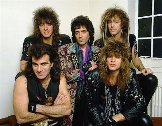 Bon Jovi, pelo largo