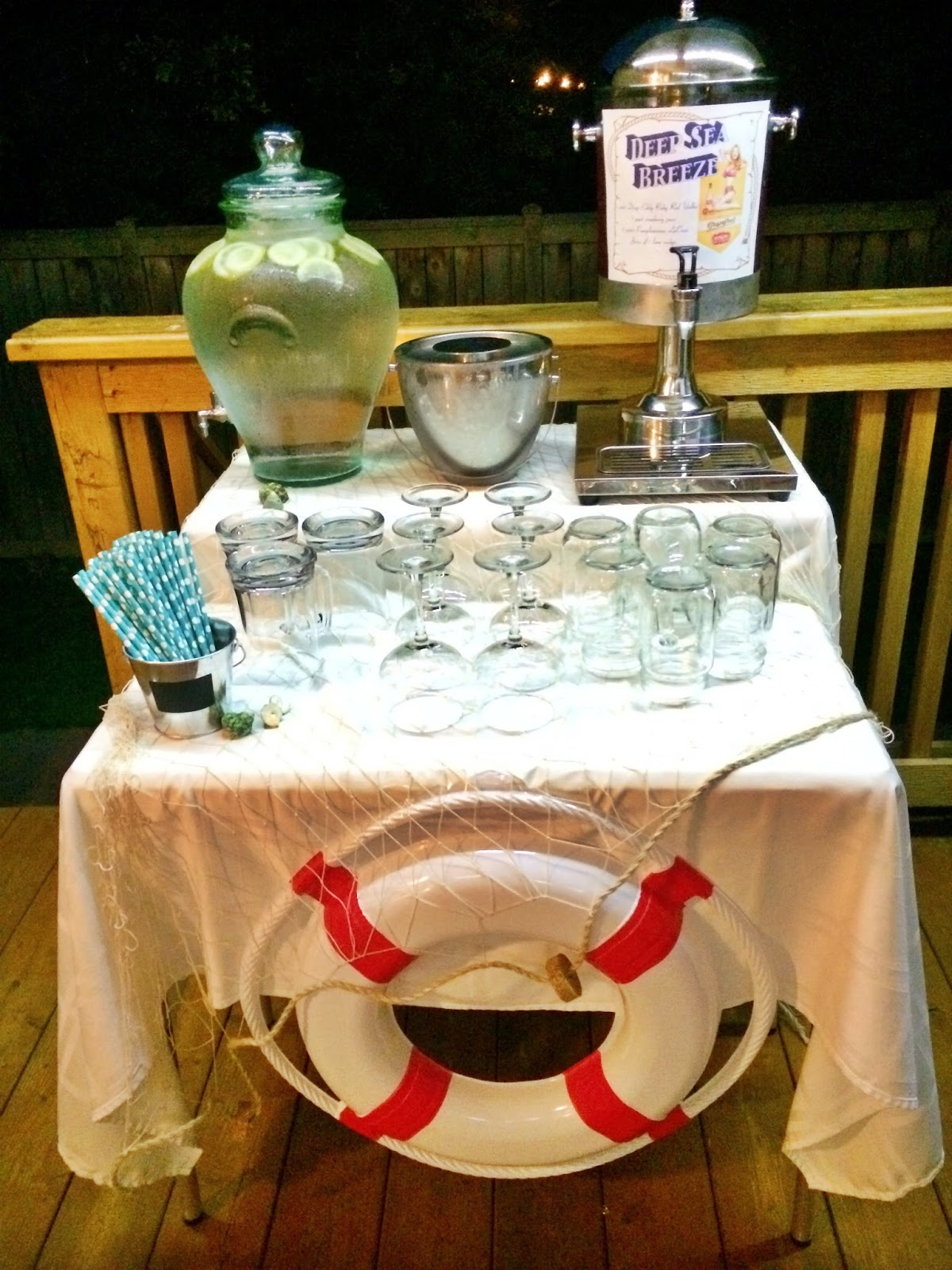 Outdoor Movie Party: Beverage Station