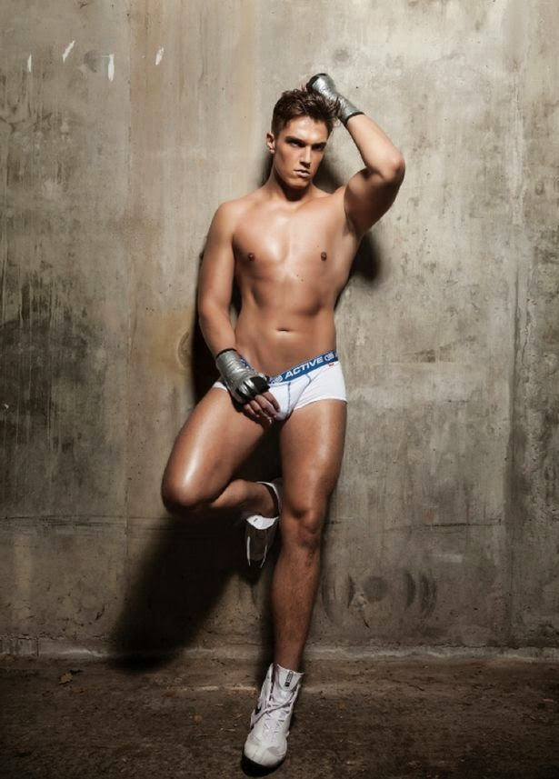 Lewis Bloor bulge