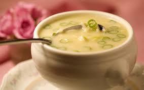 Sopa de alho-poró com batata
