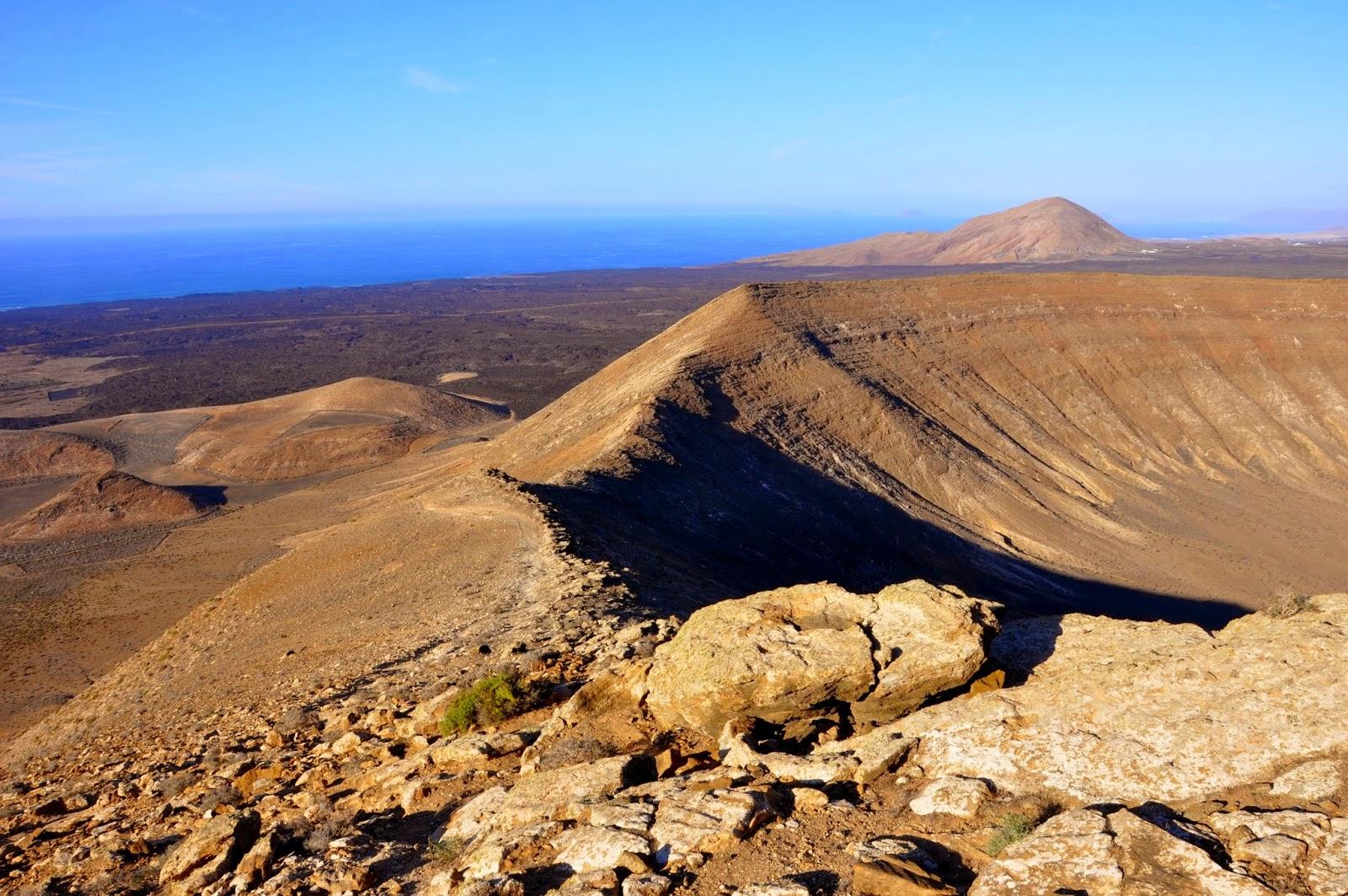 Itchy Feet Adventures: Lanzarote – Caldera Blanca volcano