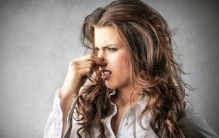 Αυτό το 'ξερες; Πού οφείλεται η άσχημη μυρωδιά από τα γεvvητικά όργανα;