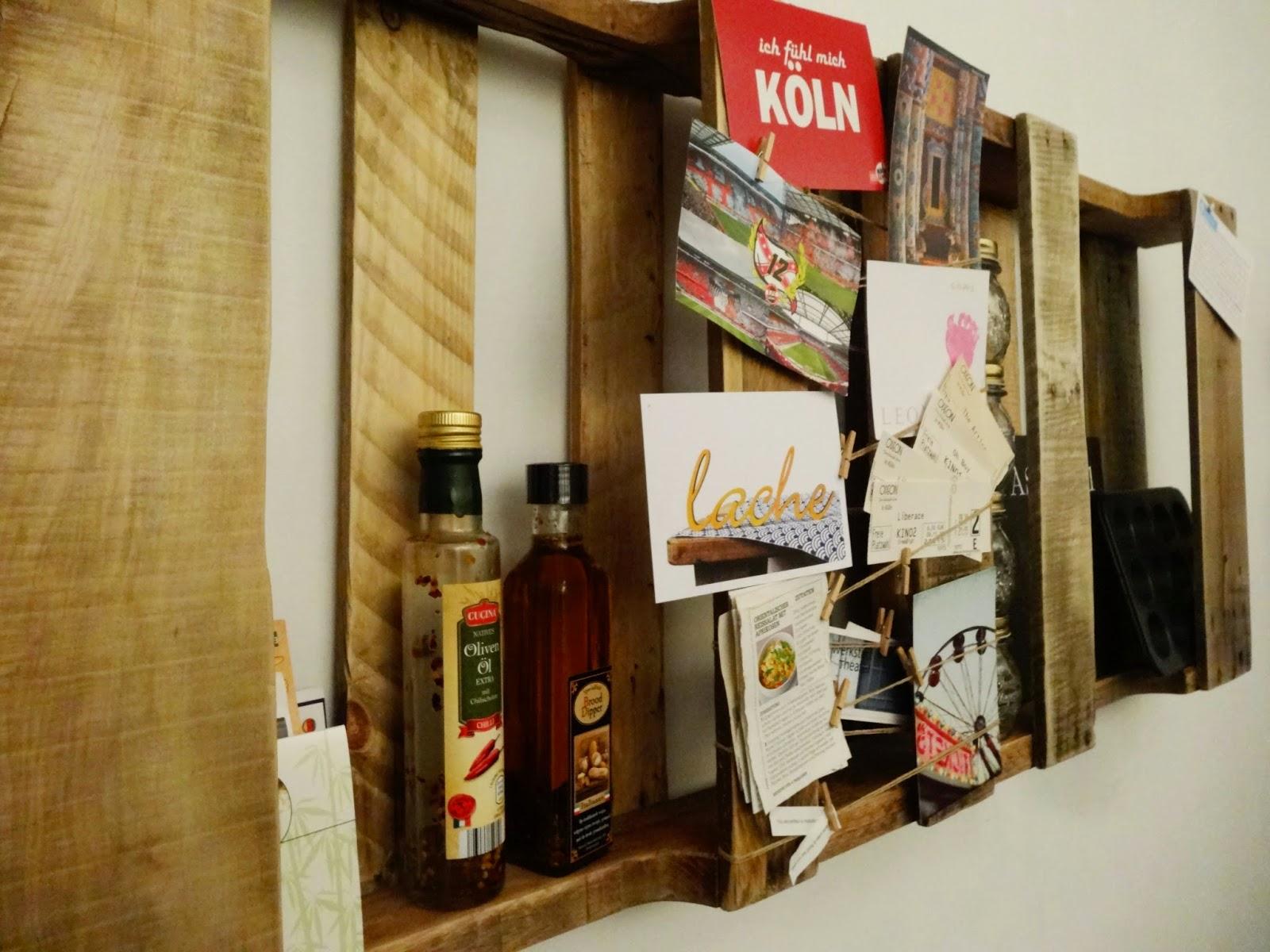 DIY und Upcycling: Wandregal aus alten Paletten