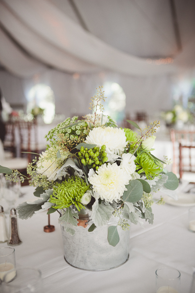 flowers and styling for a wonderful woodsy wedding on a ranch in Malibu
