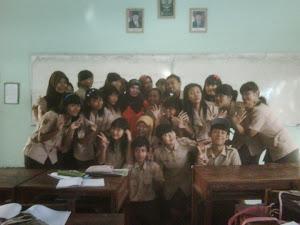 10 F SMAN 8 Semarang