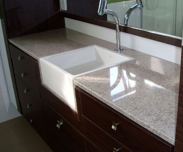 A Casa da Sheila Tons de granito e mármo -> Como Colocar Pia De Granito No Banheiro